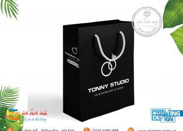 Mẫu túi giấy Tonny Studio