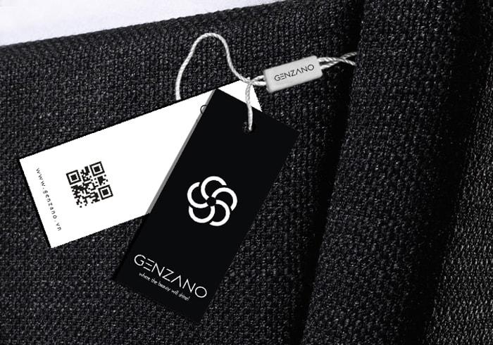 Mẫu mác treo quần áo tích hợp QR code