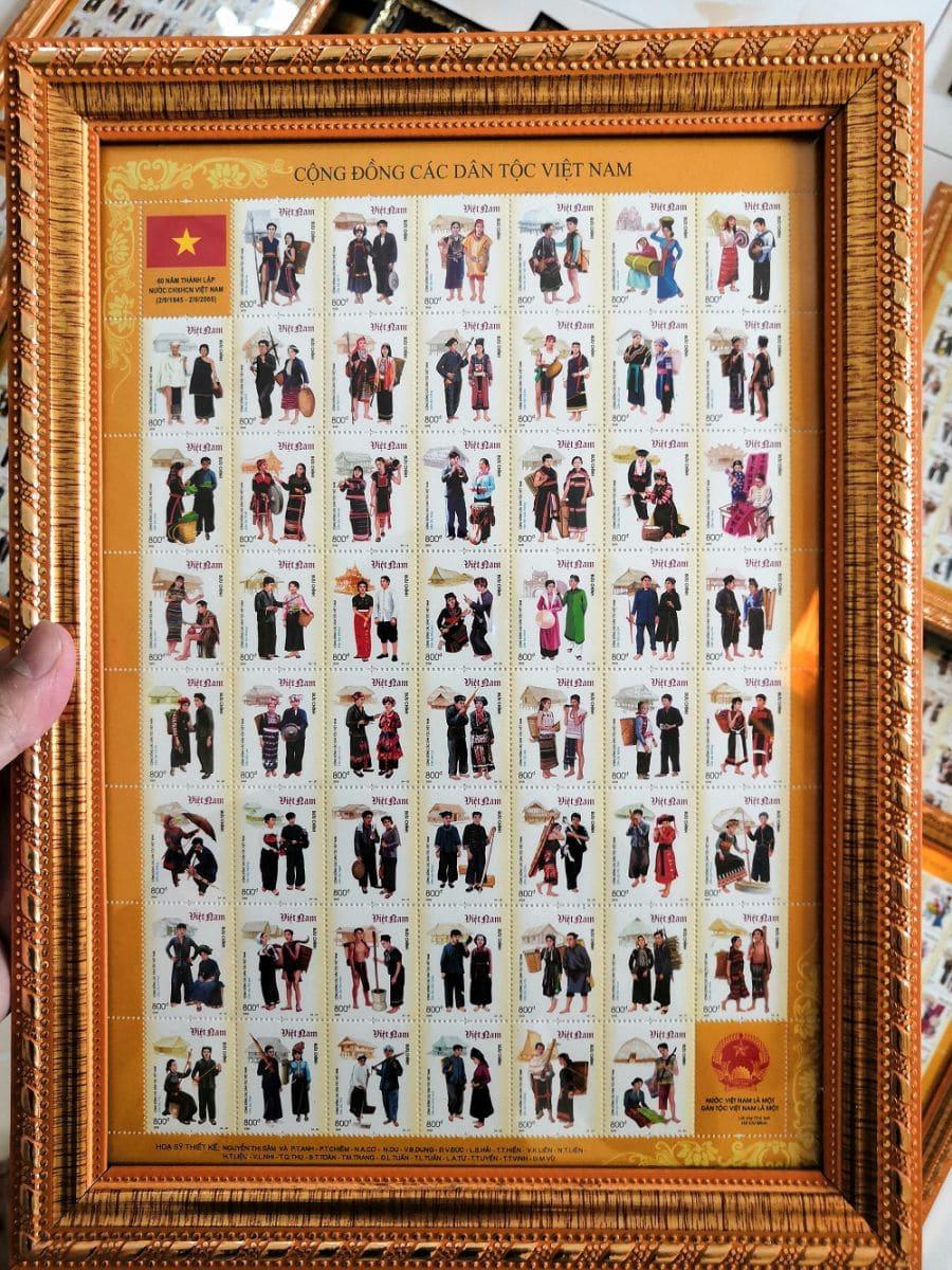Bộ sưu tập tem Việt Nam 54 dân tộc