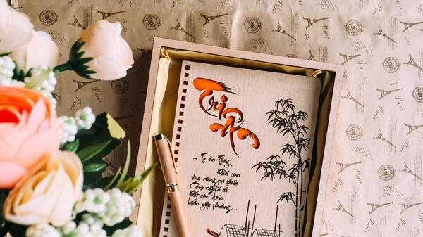 Thiệp 20/11 sử dụng ca dao, tục ngữ Việt Nam